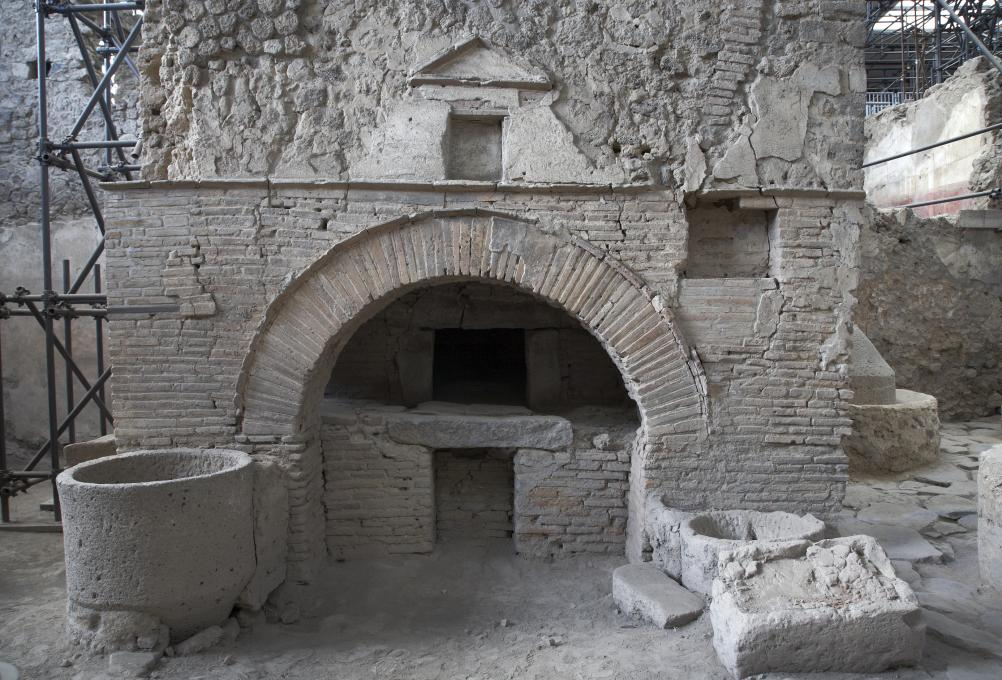 Le four à pain de la boulangerie de Pompéi